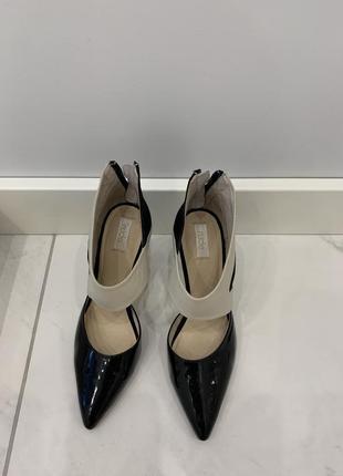 Туфли nude footwear