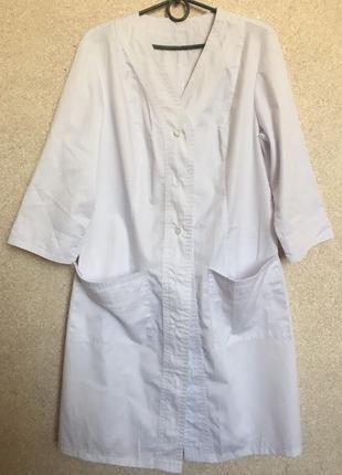 Медицинский халат в идеальном состоянии, размер m/l