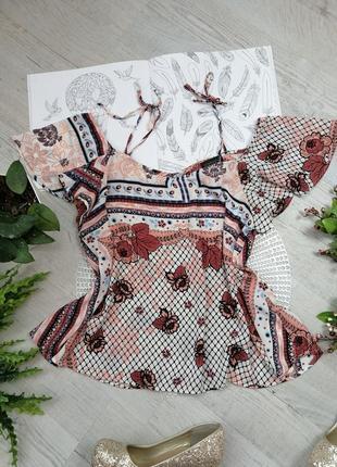 Блузка блуза кофточка  с цветочным абстрактным принтом актуальная голые плечи