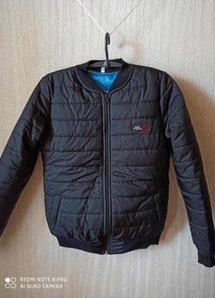 Куртка тонкая весна 44-46р.