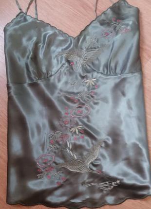 Светло изумрудная майка с вышивкой бренд rise