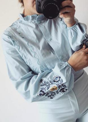 Неймовірно красива блуза з вишивкою 13380