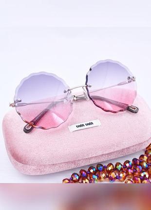 Красивые солнцезащитные женские градиентные очки окуляри