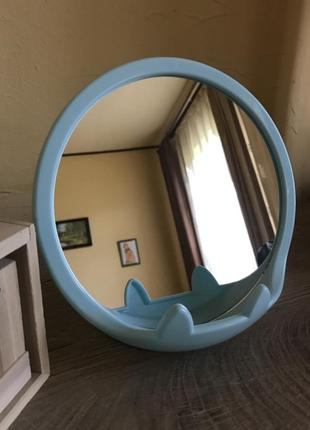 Зеркало косметическое с подставкой под телефон