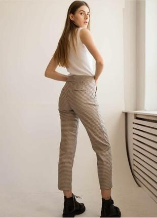 Актуальные брюки штаны в клетку гусиную лапку