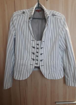 Пиджак стильный, винтажный