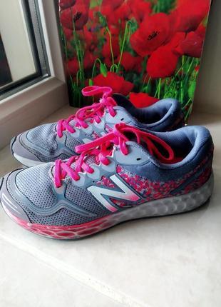 Бесподобные трендовые фирменные кроссовки американского бренда new balance. uk 3 eur 35,5