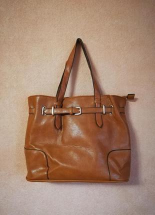 Коричневая сумка от daniele patrici.