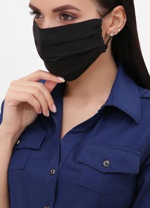 Защитная чёрная маска