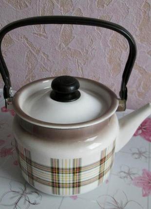 Эмалированный чайник 2л.