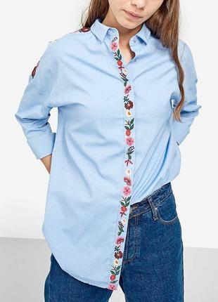 Очень красивая блуза рубашка с вышивкой stradivarius m-l.