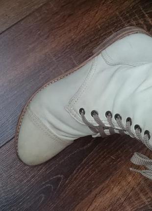 Кожаные стильные ботинки весна - осень