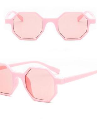 Стильные очки оригинальной формы восьмиугольник нежно-розовые