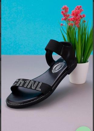 Черные босоножки сандалии на плоской подошве низкий ход резинке