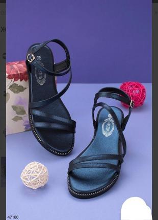 Синие босоножки сандалии на плоской подошве низкий ход