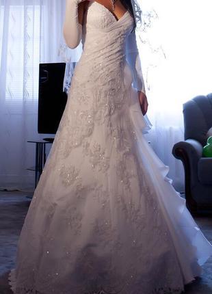 Платье от дизайнера оксана муха