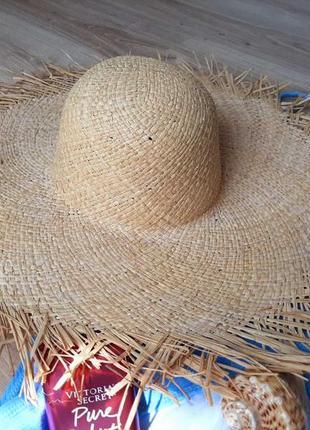Широкополая соломенная шляпа с необработаным рваным краем как zara mango h&m next
