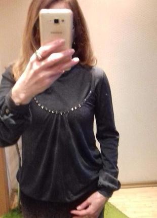 Двоечка-свитер и маичка- оригинальный.