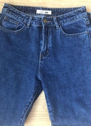 Джинси мом , джинсы