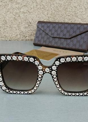 Gucci очки женские солнцезащитные в камнях большие коричневые квадратные