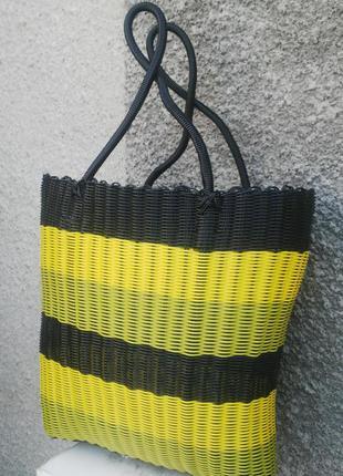 Сумка плетенная,корзина  летняя,базарная,пляжная,с двумя длинными ручками .