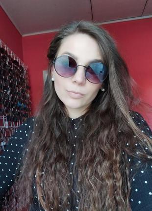 Сонцезахисні окуляри круглі