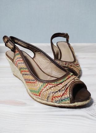 Разноцветные плетеные босоножки сандалии туфли на танкетке 24см
