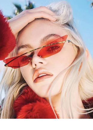 Очень стильные оригинальные очки в ретро винтаж стиле красные