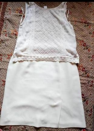 Брендовый комплект молочного цвета кружевная блуза без рукавов и юбка