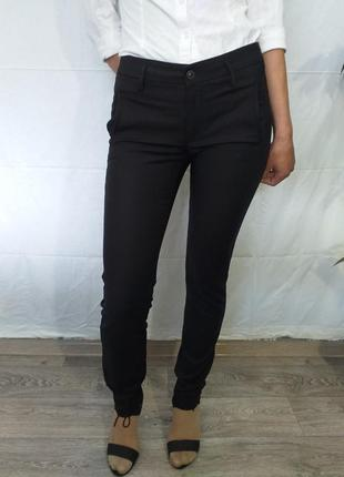 Стрейчевые брюки.