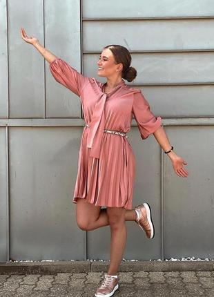 Платья сатиновое плиссированное с бантом с рюшами оборками zara оригинал