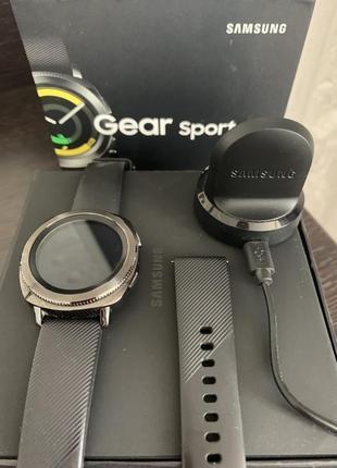 Смарт часы samsung gear sport