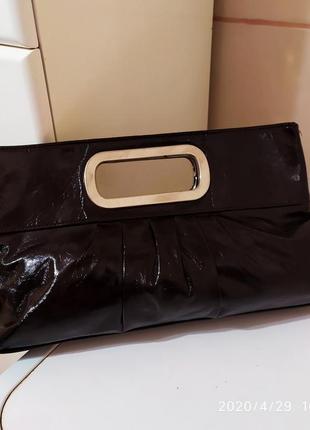 Лакированный клатч-сумка