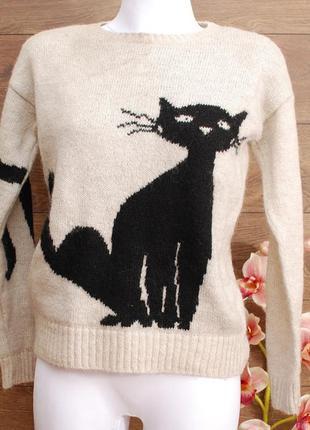 Классный свитер с котиком