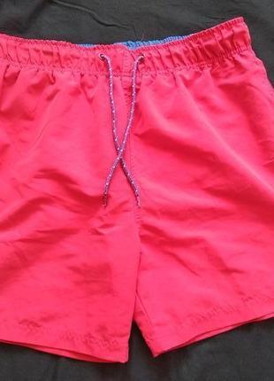 Красные шорты cedarwood state
