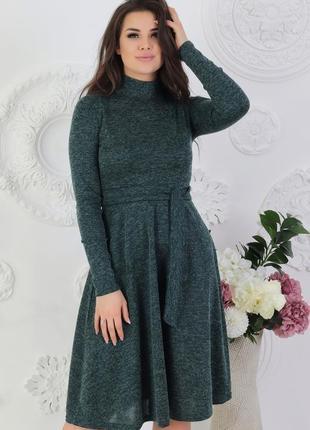 Платье модель