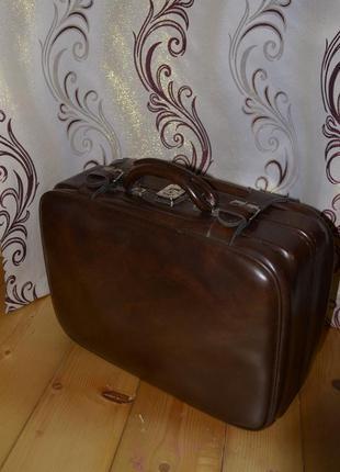 Вінтажна валіза \ винтажный чемодан