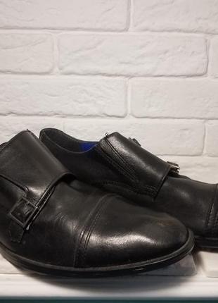 Мужские туфли монки черного цвета