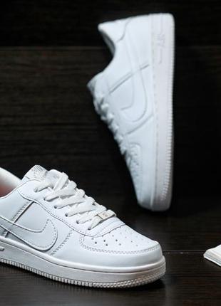 Nike air force 1 low стильные женские кроссовки найк белые2 фото