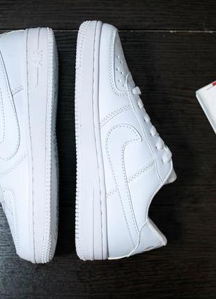 Nike air force 1 low стильные женские кроссовки найк белые4 фото