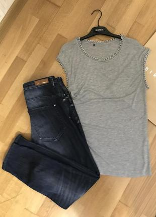 Комплект mango джинсы бойфренд и футболка с цепями