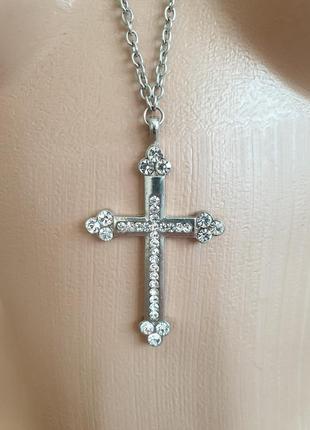 Крест со стразами