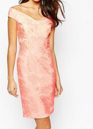 Очень красивое нарядное платье с узором кружево