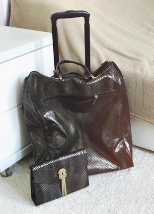 Набір дорожня сумка   клатч в подарунок possess oriflame