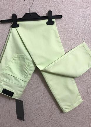 Vero moda-vip- салатовые весенне-летние штаны брюки джинсы зауженные новые