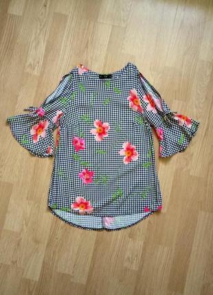 Блузка з відкритими плечима. блуза f&f