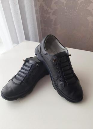 Классные кожаные туфли