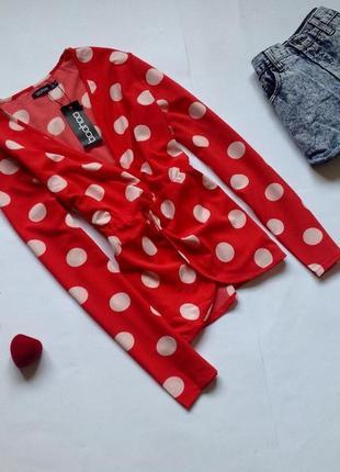 Красная блуза в горох boohoo