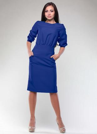 Стильное платье  цвета электрик  laura bettini. для тех, кто ценит качество.