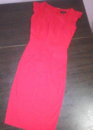 Супер платье красного цвета fever